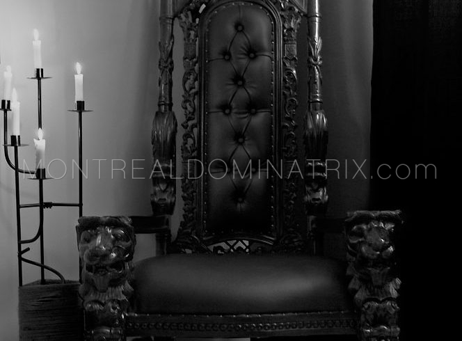 montreal-bdsm-dungeon-upscale-master-throne-chair