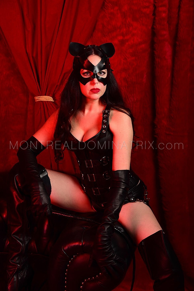 montreal-pro-domme-mistress-hellkitty