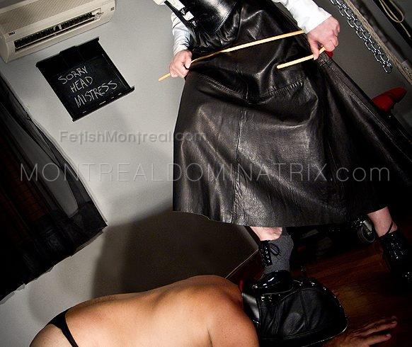 head-mistress-athenia-kros