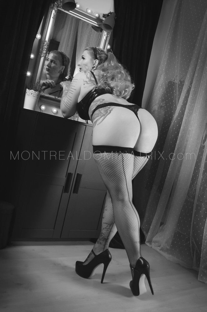 montreal-dominatrix-mistress-selene-pain