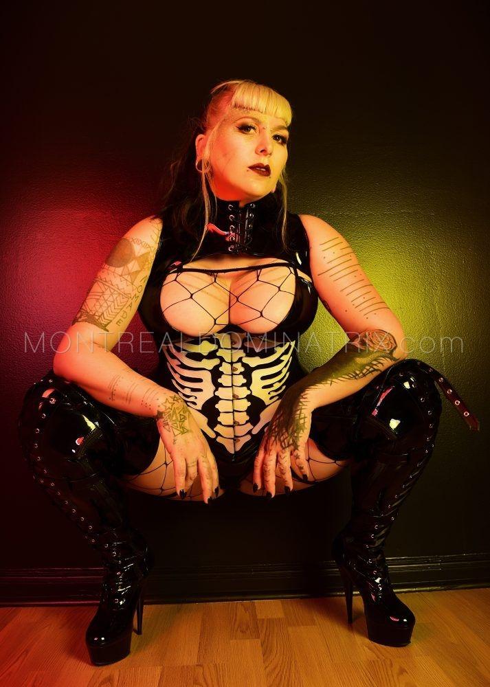 montreal-femdom-alternative-mistress