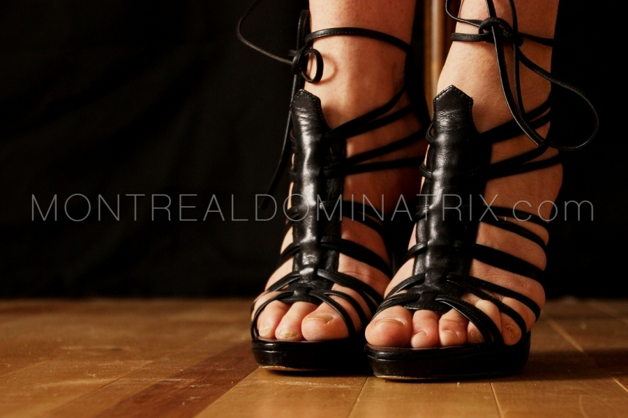 open-toes-fetish