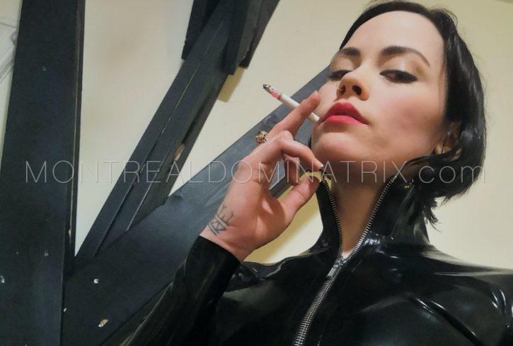Ash smoking fetish Mistress Isys