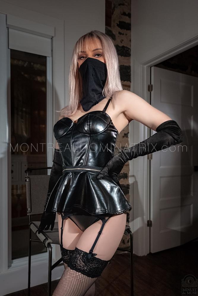 Leather fetish Montreal Gabriella Luna